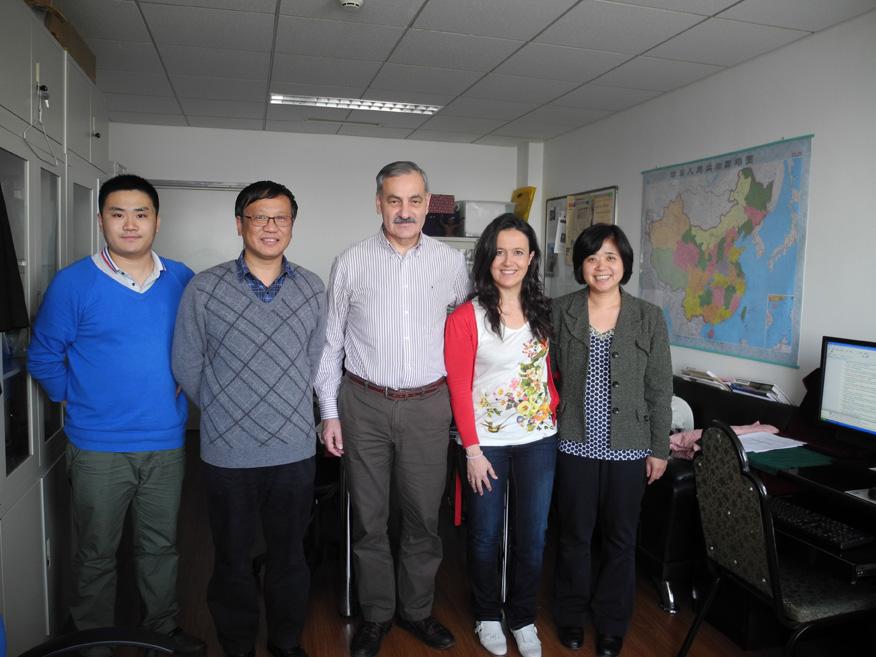 El Centro Nacional de Investigación sobre la Evolucíón Humana ( CENIEH) y el Instituto de Paleontologia de Vertebrados de Pekín  ( IVPP) firman un acuerdo de colaboración.
